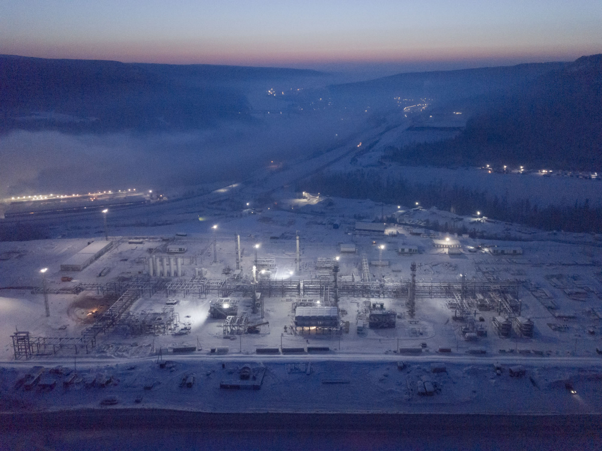 Главгосэкспертиза выдала положительное заключение по проекту Иркутского завода полимеров