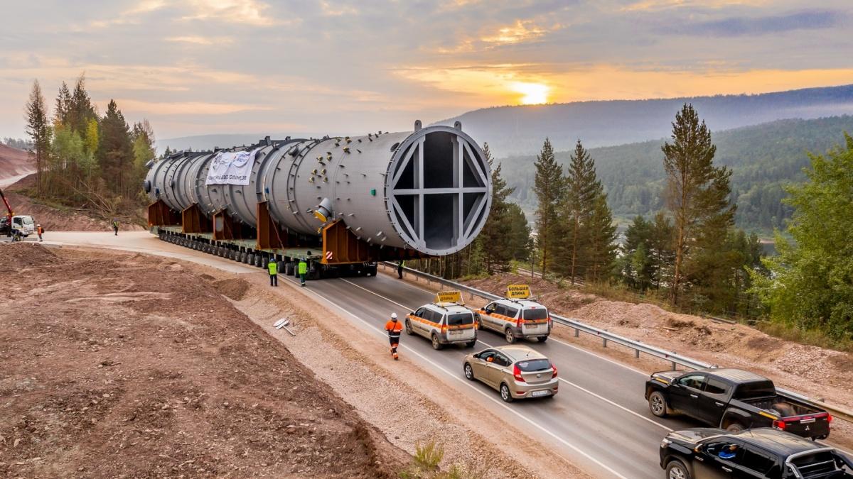 ИНК доставила основное оборудование весом более 1,5 тыс. тонн на стройплощадку завода полимеров в Усть-Куте